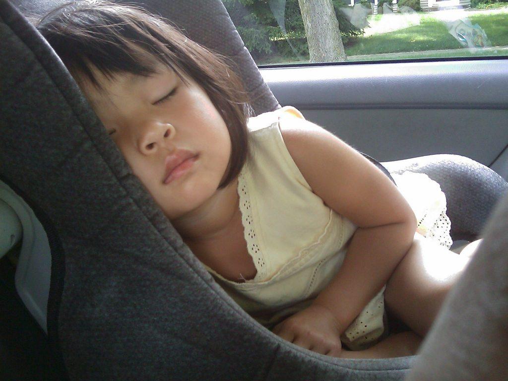 recomendaciones conducir con niños