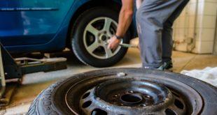 consejos para evitar pinchazos en los neumáticos