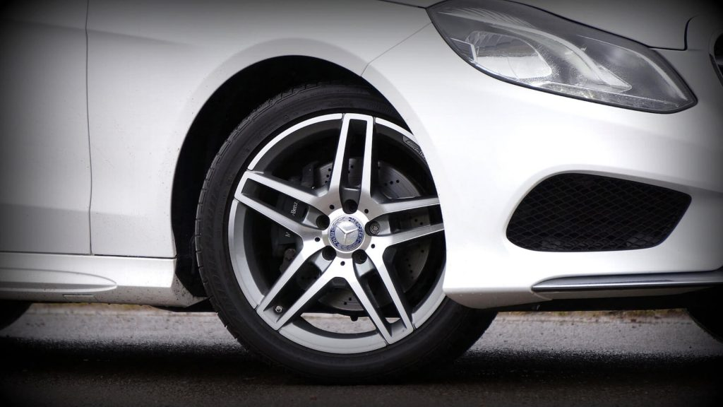 neumáticos para coches deportivos online