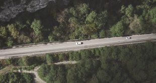 Consejos para conducir un coche automático en un puerto de montaña