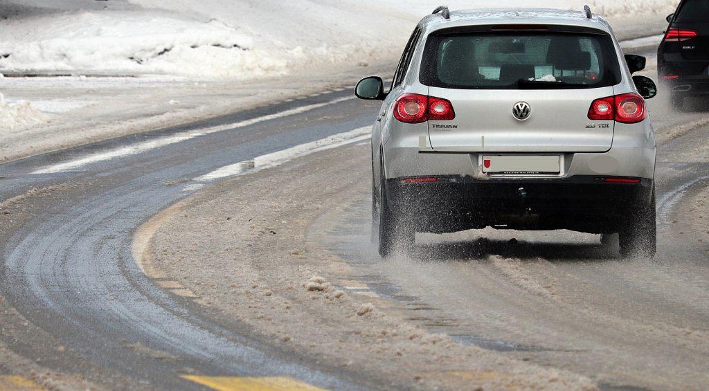 La sal de las carreteras puede afectar a tu coche