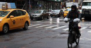 Recomendaciones para conducir una moto con lluvia