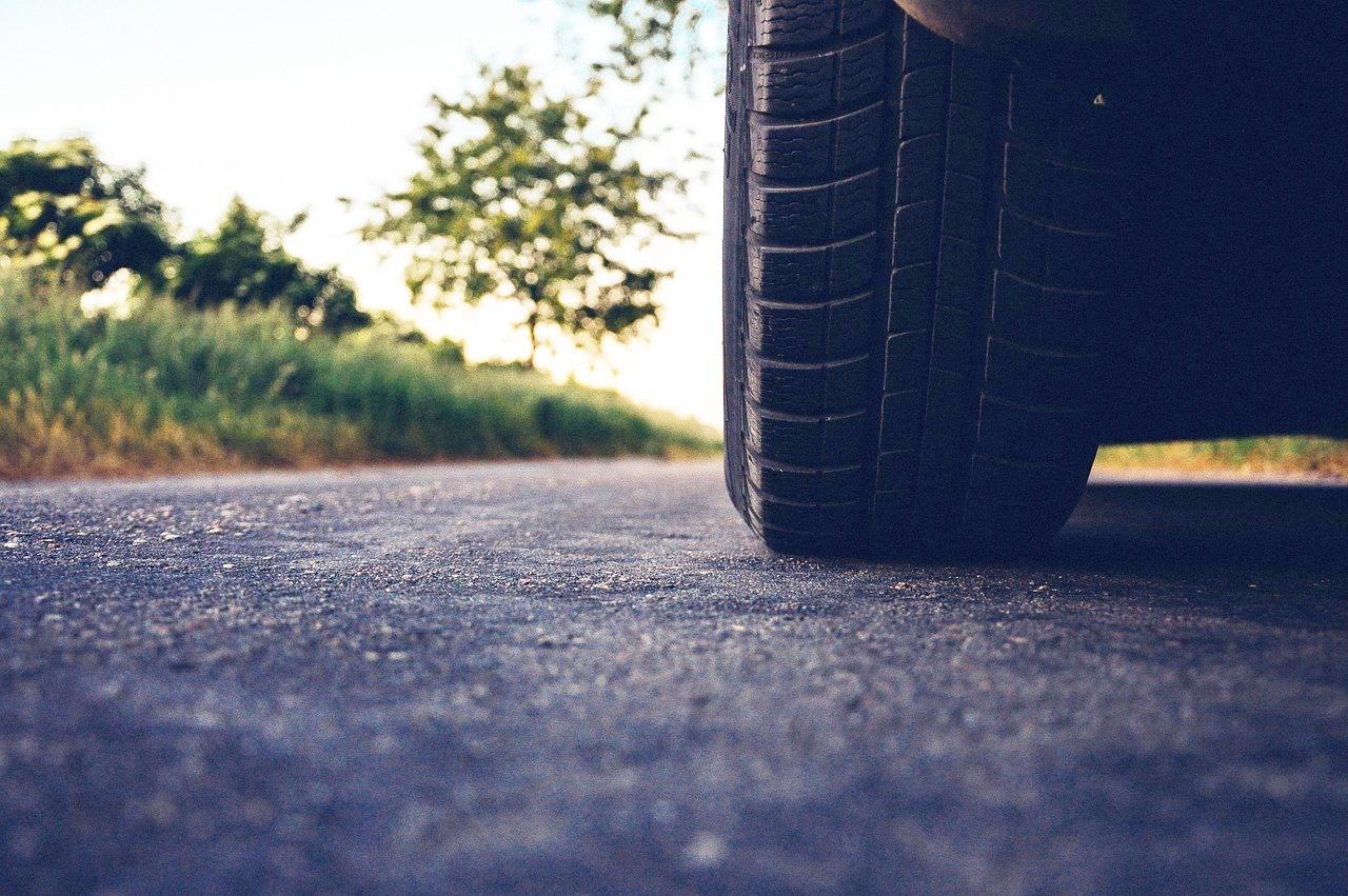 Cómo saber desgaste neumáticos